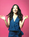 Constance Wu, (Crazy Rich Asians)  Genuine signed autograph 10579